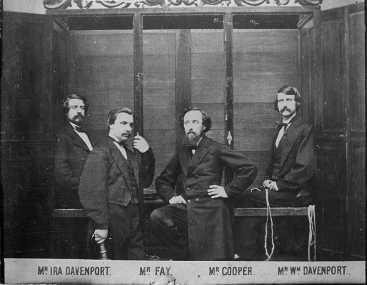 Hermanos Davenport y su cabinet espírito