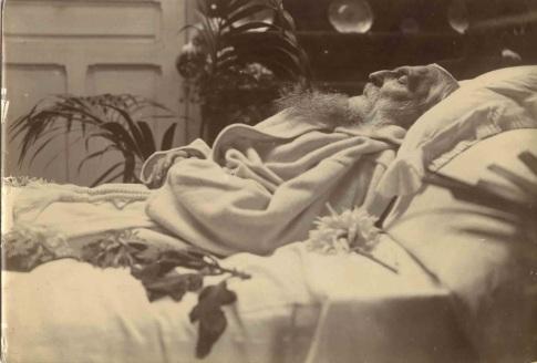 Auguste Rodin sur son lit de mort
